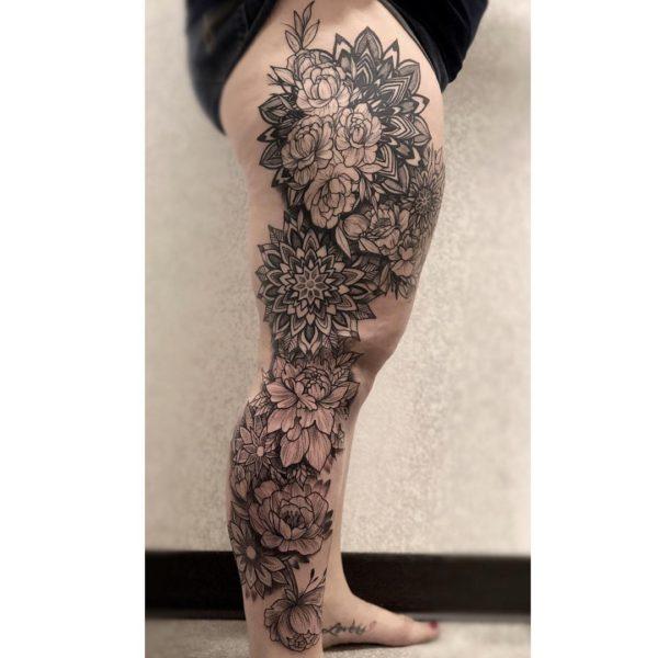 Zakk: Floral Mandala Leg Sleeve