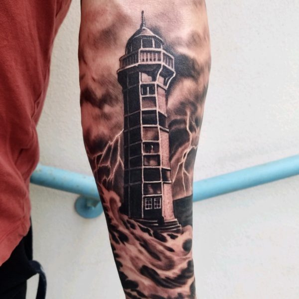 Brandon: Lighthouse