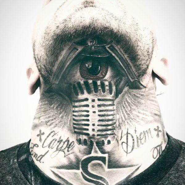 Leif: Microphone