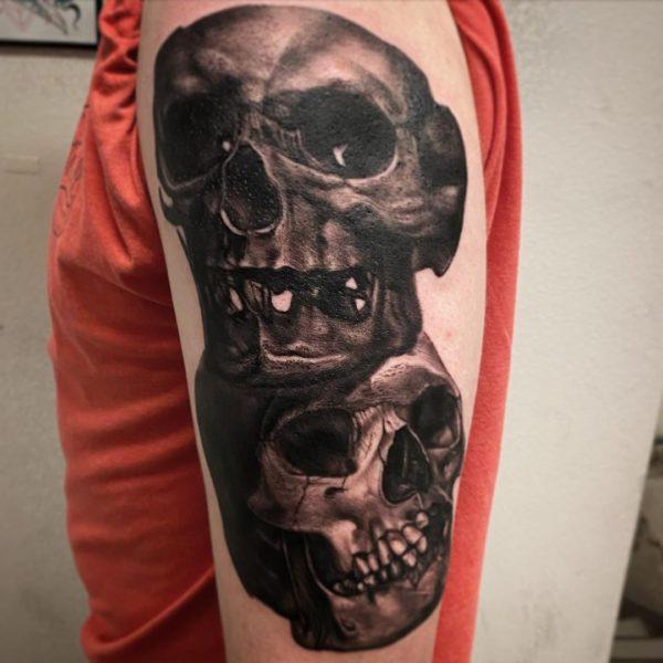 Leif: Skulls
